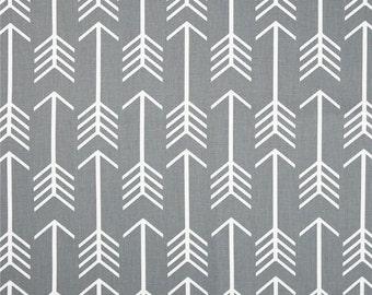 Handmade Tablerunner in Grey/White Arrows, Home Decor