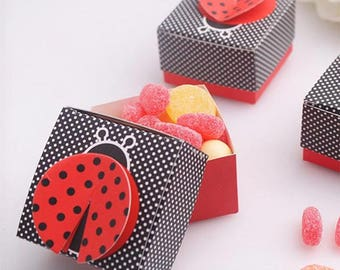 "50pcs Laser Cut ""Cute as a Bug"" 3-D Wing Ladybug Wedding Favor Box Candy Boxes Gift Box"