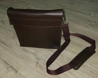 Men's Leather Bag, Men's Bag, Tan leather bag, Shoulder bag, Ipad messenger bag,  Leather bag