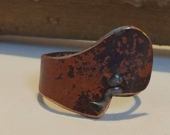 Copper ring with patination