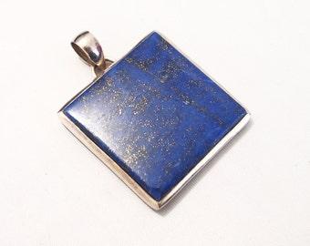 Silver pendant and lapis lazuli stone