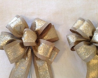 3 Gold and fabric bows