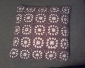 crochet Cushion cover. Pattern granny - customize