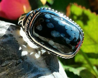 Ring size 57 or 8 US Obsidian snowflakes, stone of truth, must-have for our spiritual development.