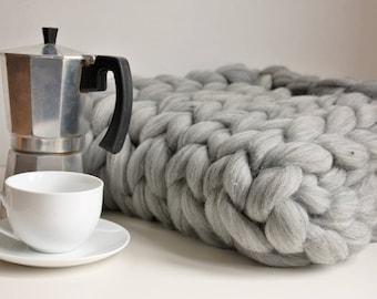 Chunky Knit Blanket, Grey Knit Throw, Giant Knit Throw, Merino Blanket, Giant Knit Blanket, Giant Knit Throw, Housewarming Gift, Wool Throw