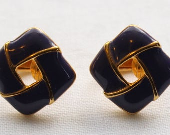 Signed Sarah Coventry Vintage Gold Tone and Purple Enamel Clip On Earrings