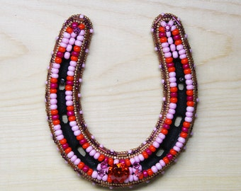 Beaded Horseshoe, Ponyshoe