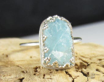 Raw Blue Ring - Aquamarine Crystal Stone in Sterling Silver - Size 7