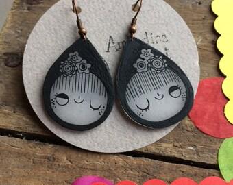 Illustrated face girl earrings