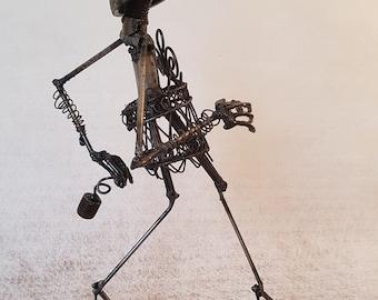 PRECIOUS - Scrap metal Art - Sculpture welding by the Atilleul