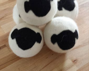 Set of 5 balls of drying felted wool