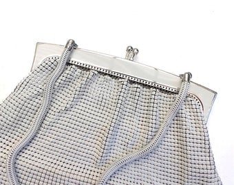 Glowmesh handbag, vintage handbag, white handbag, purse from the 1970's.