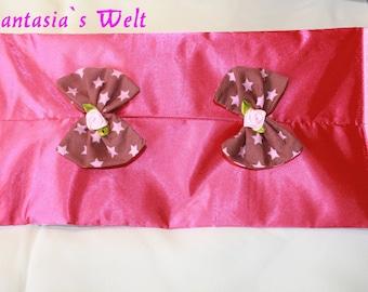 Cover for wet tissues