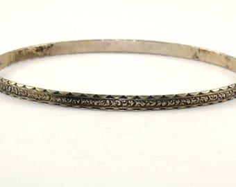 Vintage Native American Style Bangle Bracelet 925 Sterling Silver BR 310-E