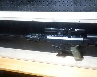 98B Replica Gun Display