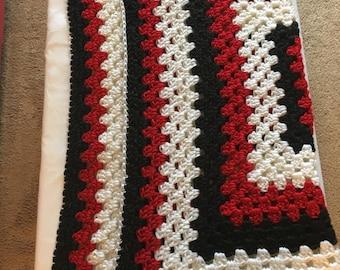 Crochet baby blanket, Granny square baby blanket, Red , white and black