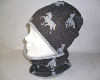 Set cap and Schlupfschal Gr. 53-55 KU horse glitter