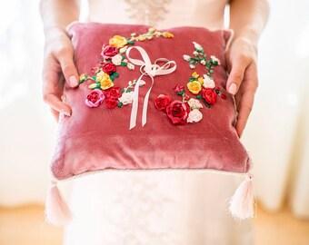 Wedding bands / Wedding ring pillow / Wedding Ring Bearer /  wedding gift /