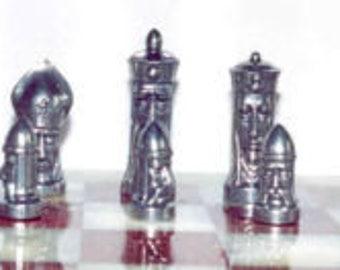 Faces V2 Unique Chess Set