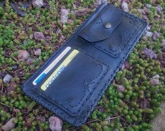 Handmade Black Leather wallet. Portafoglio in pelle nero fatto a mano