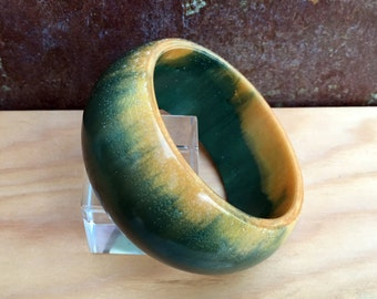 Handmade resin bangle bracelet BG-110