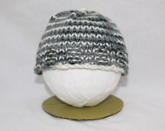 Hand Knitted Infant Hats - Grey/White