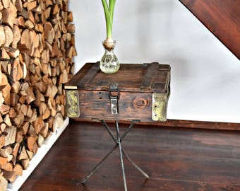 Rustic  style Wood and steel Industrial Console table end Table Old Army military Chest Trunk Box Shabby  cottage loft silver Brown