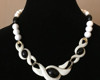 1960's Mod Necklace