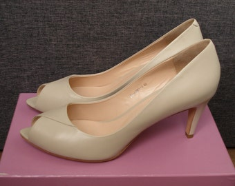 Vintage leather shoes womens shoes 40 size 10 US ivory shoes retro shoes high heel shoes wedding shoes for bride wedding heels bridal shoes