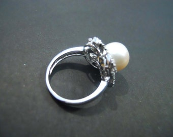 925 sterling silver Ladies  Ring  cz Stone 60 pcs  With pearl 10mm made in Hong Kong