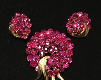 CROWN  TRIFARI  Raspberry Briolette Brooch  and Earrings