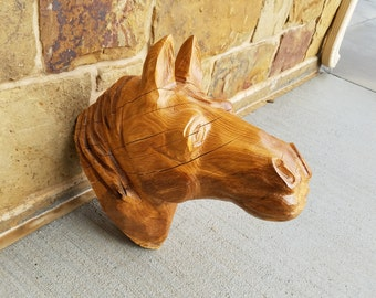 horse head wood carving