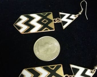 Chevron black and cream enamel pierced earrings