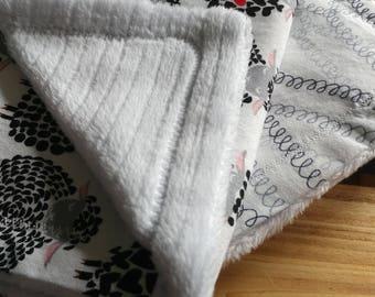 Baby Burp Cloths//New Baby//Gifts//100% Cotton//New Mom//Nursing Accessories//Machine Washable//Handmade//Gender Neutral//Baby Shower
