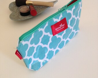 Cute Makeup Pouch with Zipper, Makeup Travel Case for Cosmetics, Waterproof Pouch for Makeup and Cosmetics Bag, Aqua Blue Gift for Wife