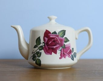 Vintage 1950's Carrigaline Tea Pot