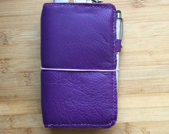 Traveler notebook Midori planner grape purple leather
