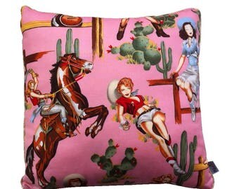 Pink cushion, made in France, model Cowboy in 34 x 34 cm