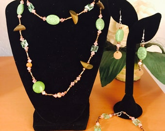 Secret Garden Green and rose 3 piece jewelry set