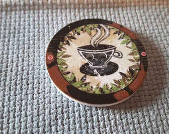 Coffee cup pattern needle minder
