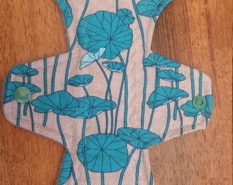 "10"" Front Bleeder lilypad cloth pad"