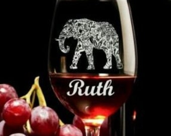 engraved wine glass Mosaic Elephant