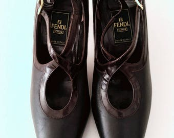 Fendi vintage leather pumps shoes