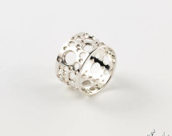 "Ring in Silver ""Meteors BA2"" width 12 mm - by IrisBiu. Jewelry handmade in France. Several sizes."