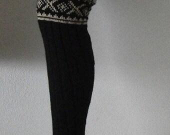 Overknees leg warmers with pattern block
