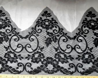Black Lace 1 Yard