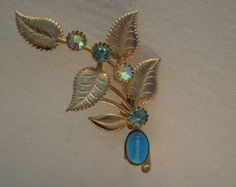 Brooch Gold Tone with Leaves and Aurora Borealis (AB) Rhinestones and Blue Faience Figural Woman Vintage