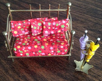 Dollhouse brass daybed and umbrella stand