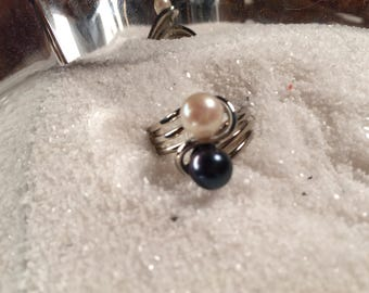 Double Akoya Pearl Ring