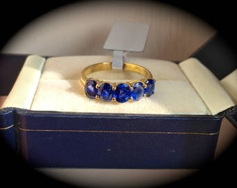 2.35 ct Ceylon Sapphire Ring 9ct Yellow Gold Fabulous Colour! 'Certified'